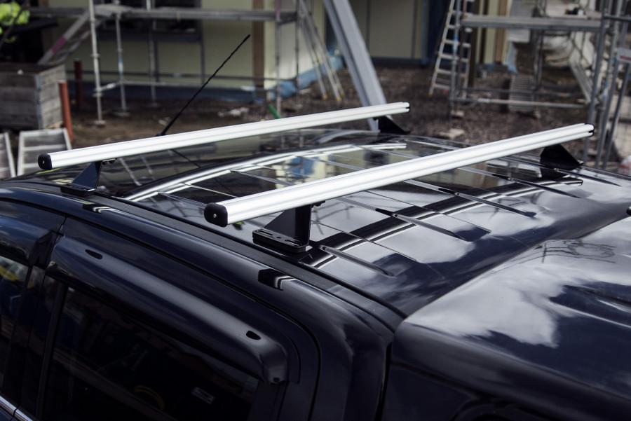 Galerie de toit Made in Sweden et barres de toit de grande qualité