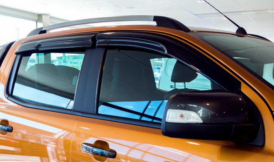 Déflecteurs pour capot et fenêtres latérales